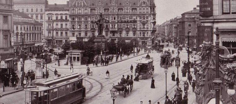 Der Alexanderplatz mit der Berolina im Jahr 1903