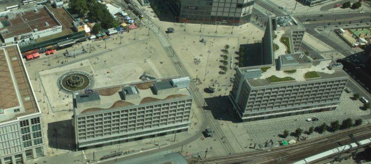 Die Behrensbauten im Juni 2011