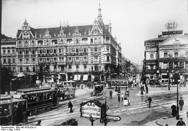 Alexanderplatz – 1910 – Grand-Hôtel Alexanderplatz & Das Haus mit den 99 Schafsköpfen