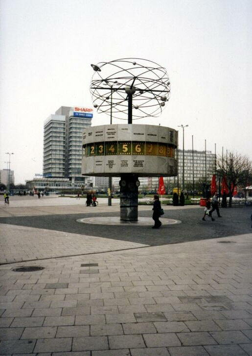 Alexanderplatz – 2009 – Urania-Weltzeituhr