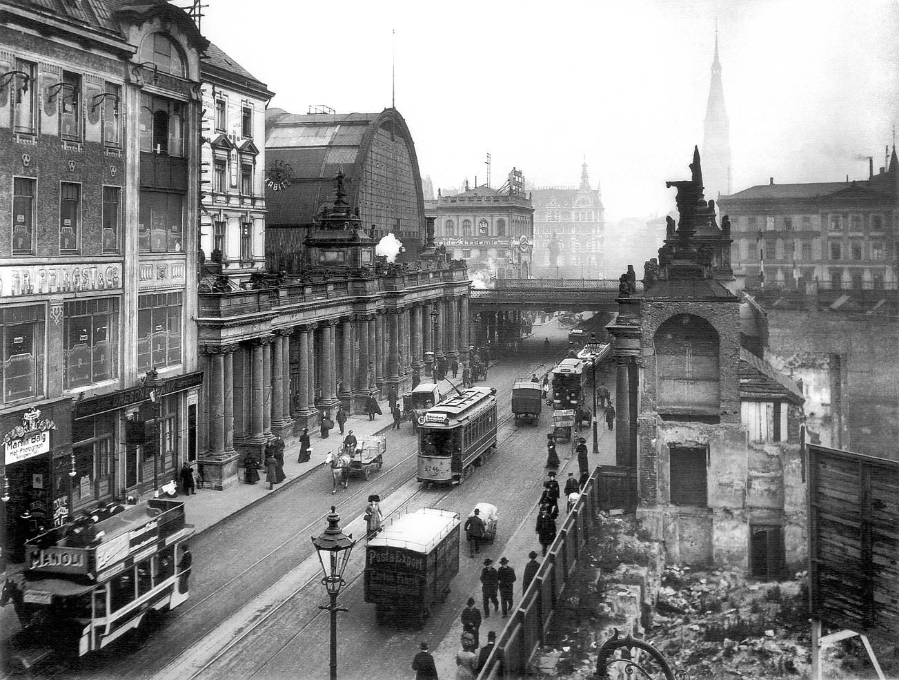 Königsbrücke & Königskolonnaden – 1909 – Die Königstraße