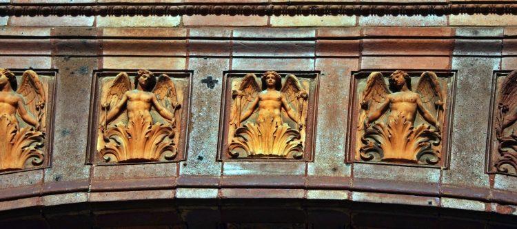Schinkelklause Eingangsportal - Portalbogen
