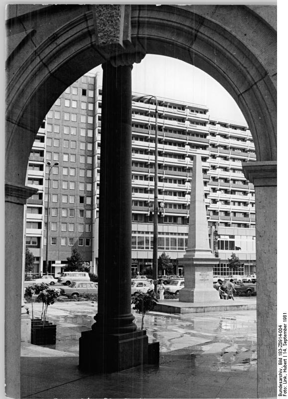 Spittelbrücke & Spittelkolonnaden – 1981 – Mit Postmeilensäule